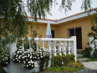 Los Guanches bungalows,double bedroom,great views. - La Palma vacation rentals