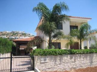 UNRIVALLED 4 bedroom villa, Pissouri Bay,FREE WIFI - Pissouri vacation rentals