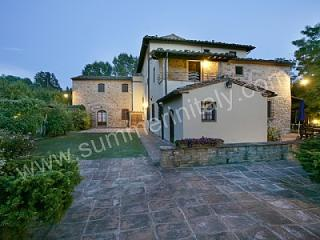 Perfect House with Garden and Shared Outdoor Pool in Montaione - Montaione vacation rentals