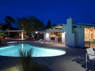 Mid-century Alexander with, pool, mountain views. - Palm Springs vacation rentals