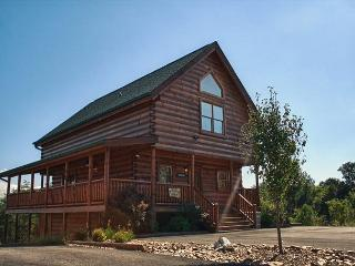 Breathtaking Luxury in a Great Location Close to Pigeon Forge! - Tennessee vacation rentals