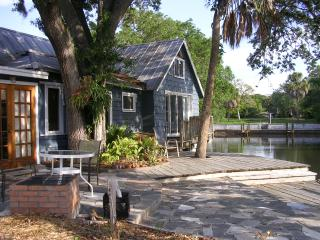 Waterfront Downtown Sarasota Vintage Home - Sarasota vacation rentals