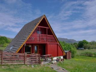Lovely 2 bedroom Kilchoan Cabin with Television - Kilchoan vacation rentals