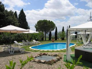 Bright 5 bedroom Villa in Cortona - Cortona vacation rentals