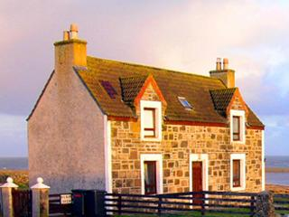 Comfortable House in Isle of Lewis with Deck, sleeps 4 - Isle of Lewis vacation rentals