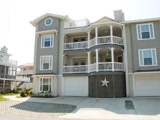 Carroll's Castle - Tybee Island vacation rentals