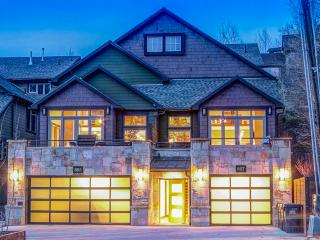 Gorgeous 5 bedroom Deer Valley Apartment with Deck - Deer Valley vacation rentals