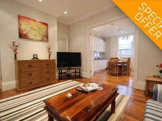 Albert Bridge Apartments - 3 Bedroom Townhouse (2) - London vacation rentals
