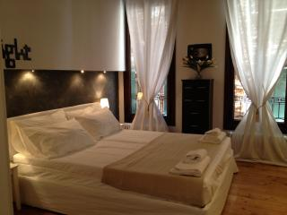 Comfortable 2 bedroom Venice House with Internet Access - Venice vacation rentals