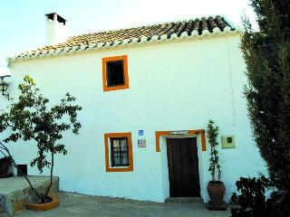4 beds & pool Andalucia Malaga/Granada provinces - Fuentes de Andalucia vacation rentals