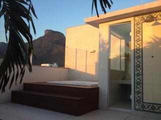 Luxury Penthouse best place 300m from Barra beach - Rio de Janeiro vacation rentals