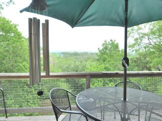 Barton View - Unit B - 3/2.5 w/ great sunset deck! - Austin vacation rentals