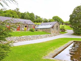 MEADO - Porthyrhyd vacation rentals