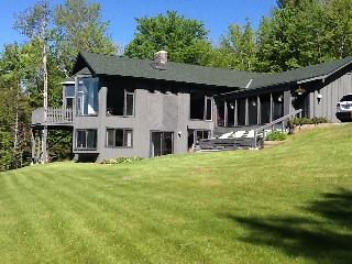 Large Contemporary 5 Bedroom 3 Bath Killington Hou - Mendon vacation rentals