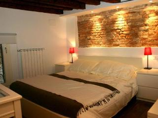 Nice House with Internet Access and Washing Machine - Venice vacation rentals