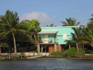 Coconut Grove - 1 bedroom beachfront cottage - Caye Caulker vacation rentals
