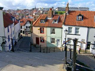 CHURCH COTTAGE, character cottage, central location, close to amenities, in Whitby, Ref 17142 - Whitby vacation rentals