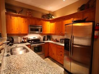 Acer Vacations | Mountain Star Ski in Townhome in Whistler 4 Bedroom Hot Tub - Whistler vacation rentals