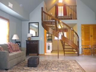 Clark Street Lodge in Rocheport MO on Katy Trail - Rocheport vacation rentals