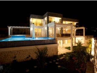 Spacious 4 bedroom House in Kalkan - Kalkan vacation rentals