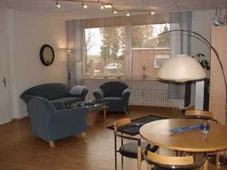 Vacation Apartment in Mittelnkirchen - 753 sqft, spacious, modern, comfortable (# 3228) - Mittelnkirchen vacation rentals