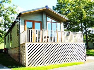 TAMARACK LODGE, Pooley Bridge - Pooley Bridge vacation rentals