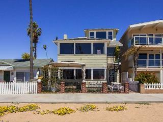 Spectacular 3 Story Oceanfront 7 Bedroom, 7 Bathroom Property! (68331) - Newport Beach vacation rentals