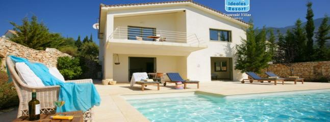 2 Bedroom Grand Villa Porfira - Trapezaki vacation rentals