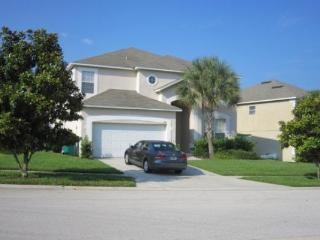 Luxurious Villa in a Great Location with an Outdoor Pool and Hot Tub - Kissimmee vacation rentals