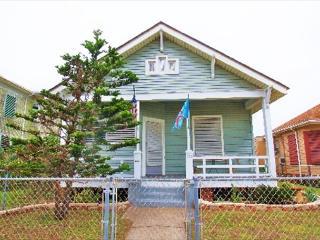 Castaway Cottage - Galveston vacation rentals
