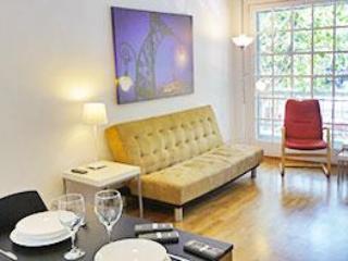 8 people apartment in Barcelona - Image 1 - Barcelona - rentals