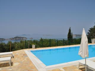 Nice Villa with Internet Access and Dishwasher - Afion vacation rentals