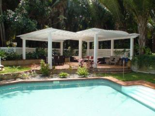 Paradise Found - 3 bed 3 bath Luxurious Comfort! - Bay Islands Honduras vacation rentals
