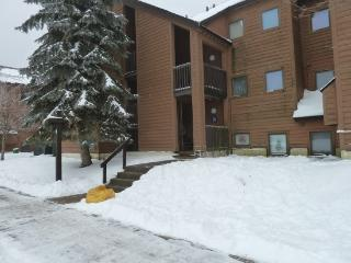 Pico Resort Slopeside Condo G201 - Two bedroom One Bath Walk to Lift & Ski Home To Your Back Door! Sports Center on Premises! - Killington vacation rentals