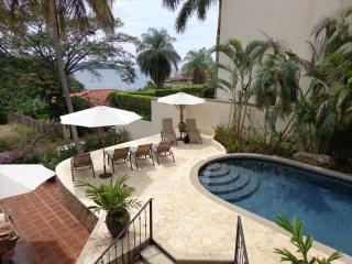Comfortable House with Internet Access and A/C - Playa Flamingo vacation rentals