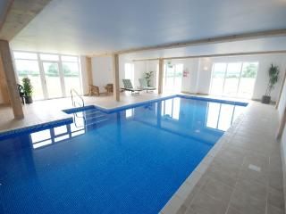 2 bedroom House with Internet Access in Alweston - Alweston vacation rentals