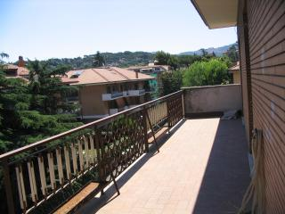 Delightful apartment 2 bd, 2ba Grottaferrata-Rome - Rome vacation rentals