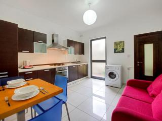 5 min to Centre And Beach - AP2 - Marsascala vacation rentals