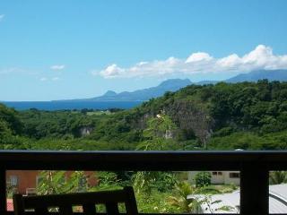 Gite VUE MER et MONTAGNE au Gosier - Le Gosier vacation rentals