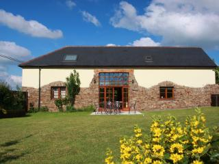 HBARN - Newton Tracey vacation rentals