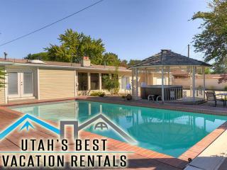 Ultimate Family Hm! 2 Ktchns+3 FamRms+Gms+Spa&Pool - Salt Lake City vacation rentals