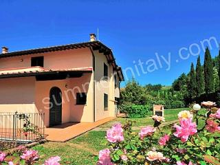 Bright 3 bedroom House in Lucolena with Deck - Lucolena vacation rentals