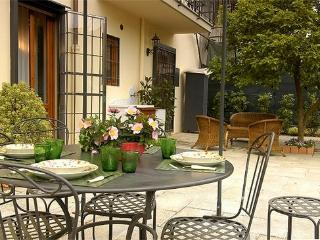 3 bedroom house with garden in Central Florence - BFY125 - Florence vacation rentals