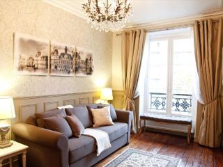Luxury Apartment at Champs Elysees in Paris - Paris vacation rentals
