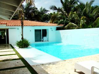 Casa De Campo Villa 60 Located In The Golf Villa IV Section, In Front Of The Lake. Walking Distance To The Beach. - La Romana vacation rentals