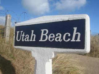 Beach House Actually ON Utah Beach Normandy. - Sainte-Marie-du-Mont vacation rentals