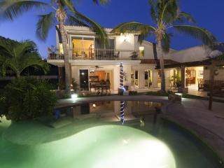 Luxurious Family/Party Private Villa minutes from Cabo - Cabo San Lucas vacation rentals