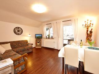 Vacation Apartment in Mittenwald - 646 sqft, central, quiet, ideal (# 3252) - Mittenwald vacation rentals