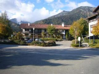 Vacation Apartment in Walchensee - 538 sqft, bright, recently renovated, modern (# 3259) - Lenggries vacation rentals