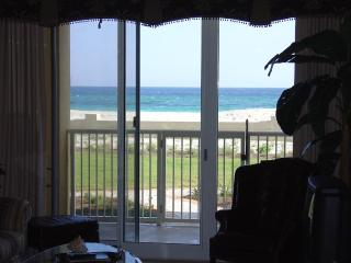 Beachfront, ground floor convenience - Azure - Fort Walton Beach vacation rentals
